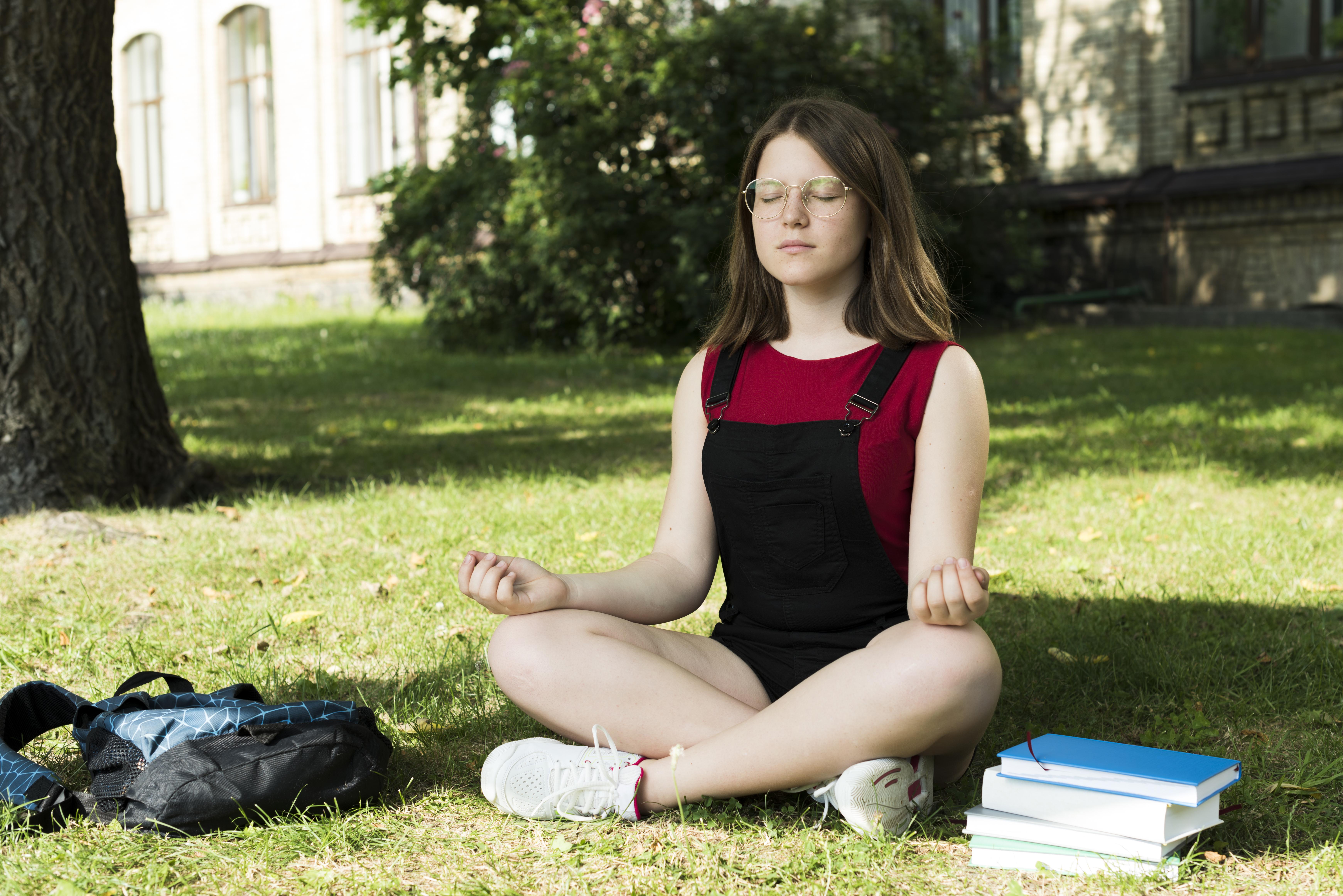 Activité-été-spirituelles-méditation